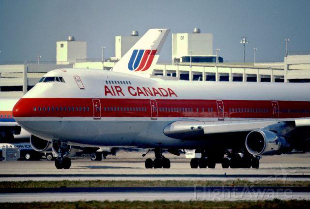 BOEING 747-100 (C-FTOA)