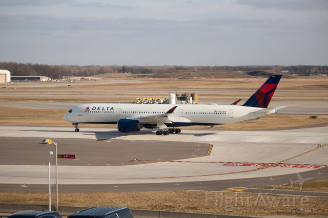 Airbus A350-900 (N503DN) - Delta A350-900 lining up on 3L getting ready for its flight to Charlotte.