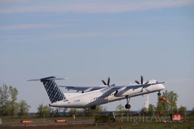 de Havilland Dash 8-400 (C-GKQI)