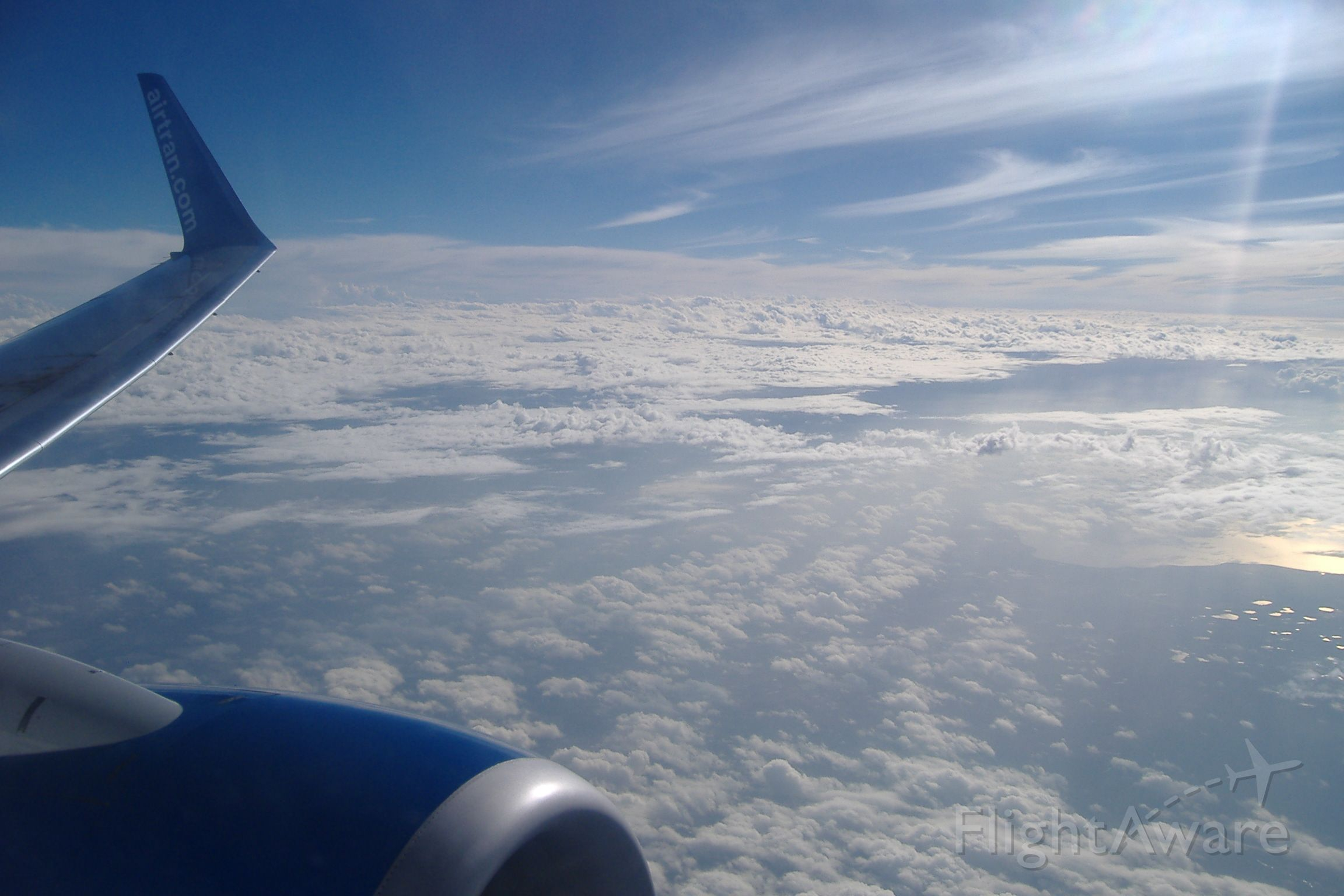 Boeing 737-700 — - 20,000 ft climbing to 35 after takeoff from MCO