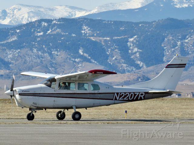 Cessna Centurion (N2207R)