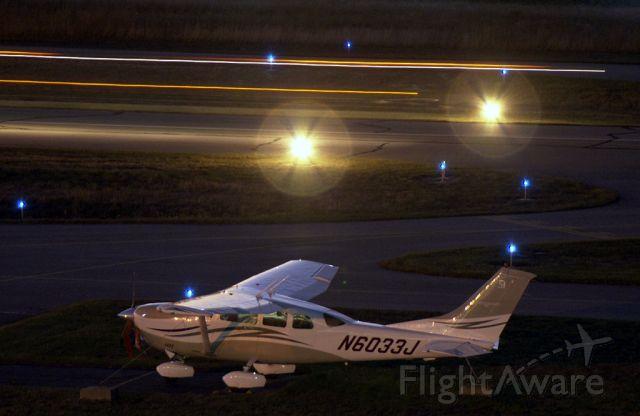 Cessna 206 Stationair (N6033J)