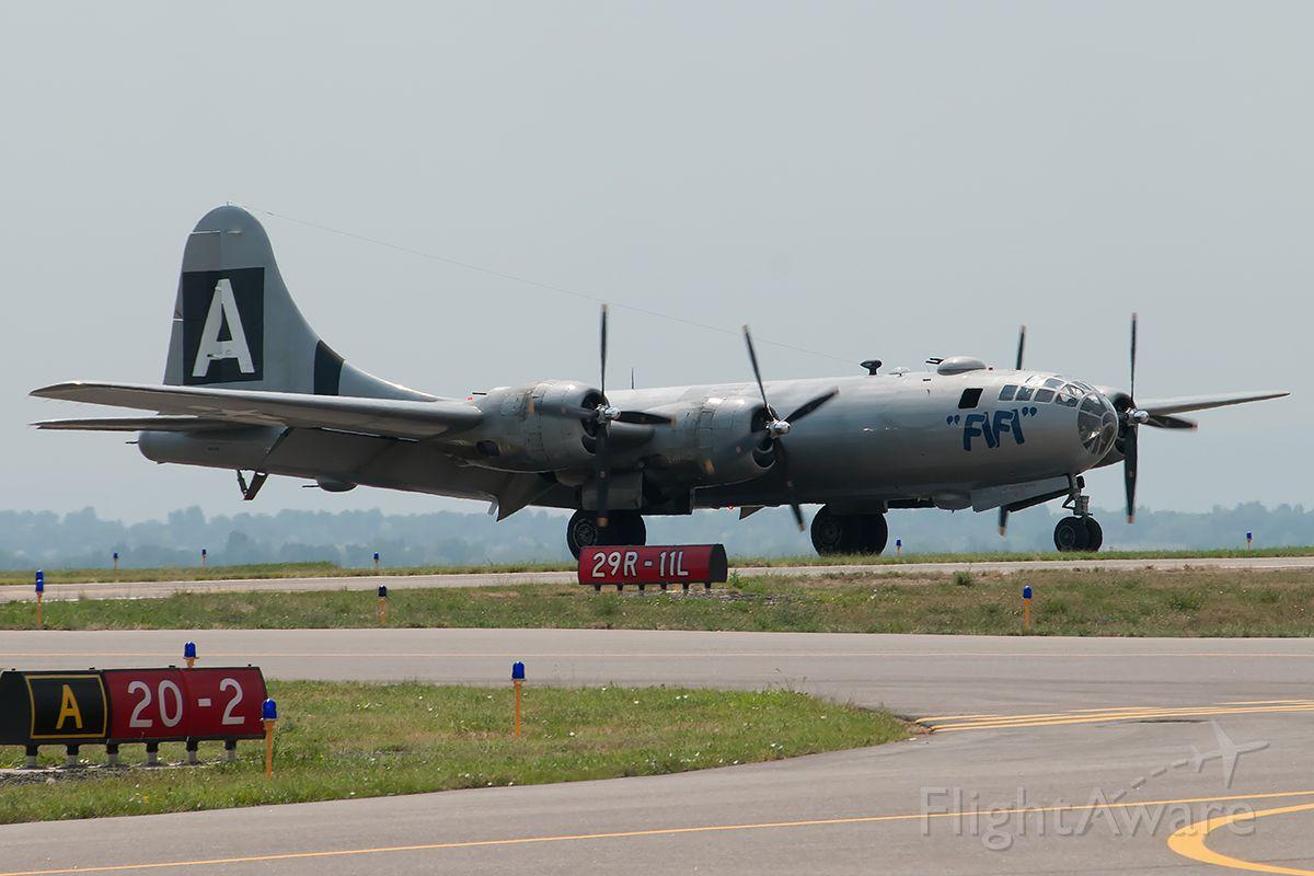Boeing B-29 Superfortress (N529B) - RMA2013