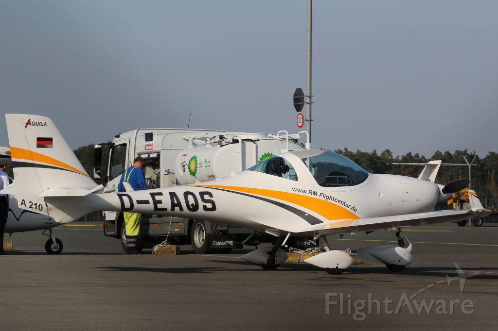 AQUILA A-210 (D-EAQS)