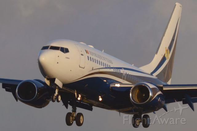 Boeing 737-700 (TT-ABD) - 10/11/2013