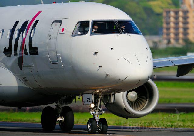 Embraer 170/175 (JA216J)
