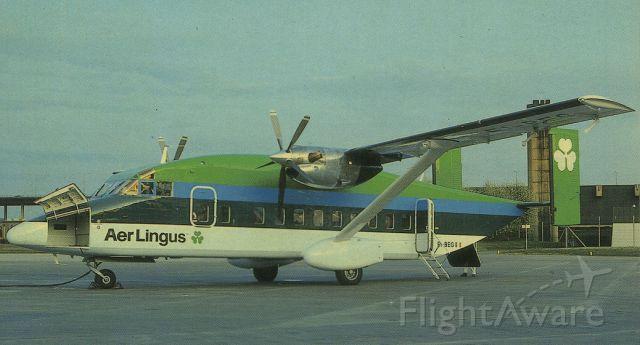 Short SD3-60 (EI-BEG) - scanned from postcardbr /Aer Lingus