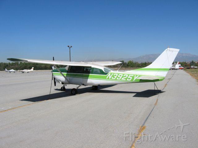 Cessna 206 Stationair (N3925Y) - At Corona Airport