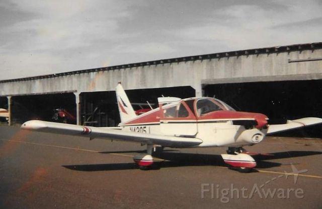 Mooney M-20 (N4305J) - Rohnerville Airport circa 1995