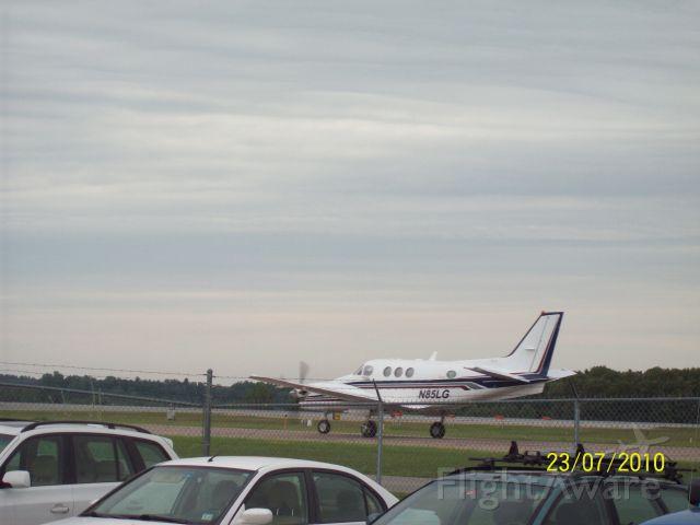 Beechcraft King Air 90 (N85LG)
