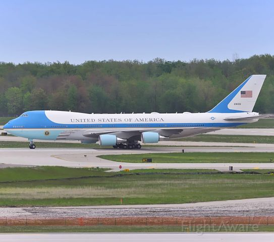 N29000 — - Air Force 1 turning off of runway 3R at DTW from Andrews.<br /><br />May 21,2020