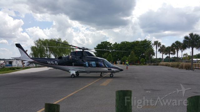 Bombardier Global Express (N1LS) - Big Surprise Helo N1LS lands at Tavares Americas Seaplane City