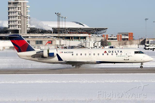 Canadair Regional Jet CRJ-200 (N431SW) - Skywest 4735 from KMSP.