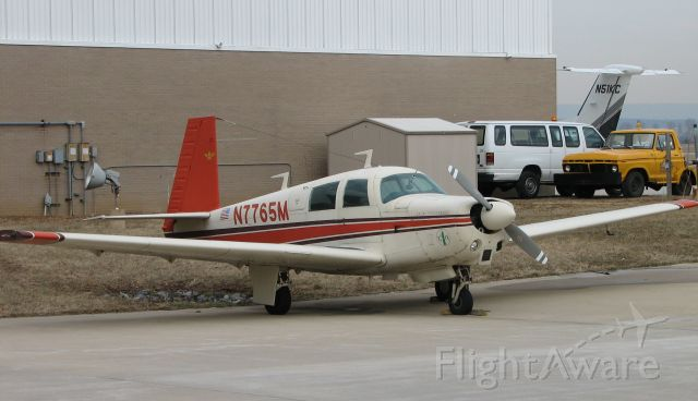 Mooney M-20 (N7765M) - Hey it was there I took a picture