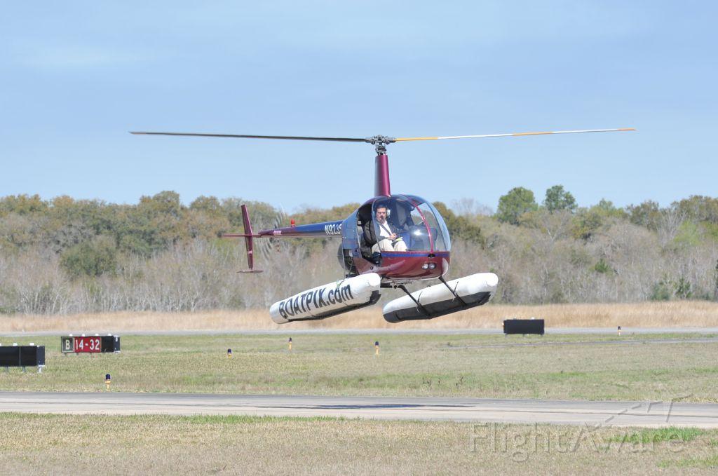 Robinson R-22 (N923SM) - Hovering Taxiway Alpha KLVJ