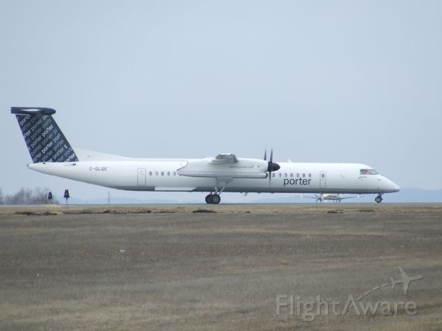 C-GLQE — - Porter Airlines DHC-8 Q400 inaugural flight to CYSB.