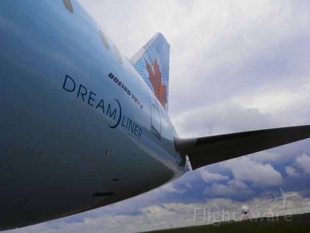 Boeing 787-8 (C-GHPQ) - Roam the Runway at Calgary International Airport! June 15, 2014.