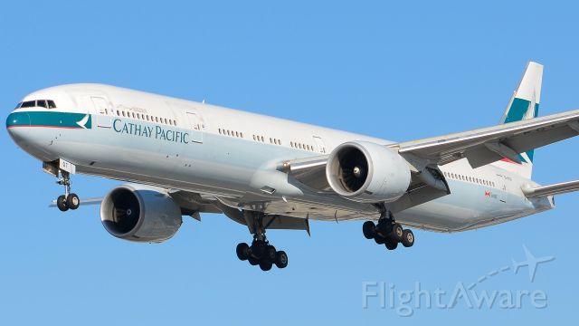 Boeing 777 (B-KQT)