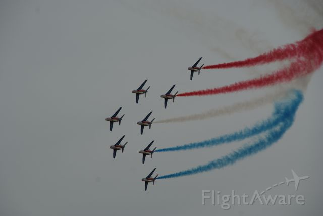 — — - Brilliant display of formation flying.