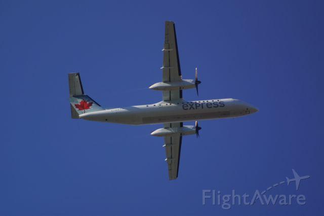 de Havilland Dash 8-300 (C-GVTA)