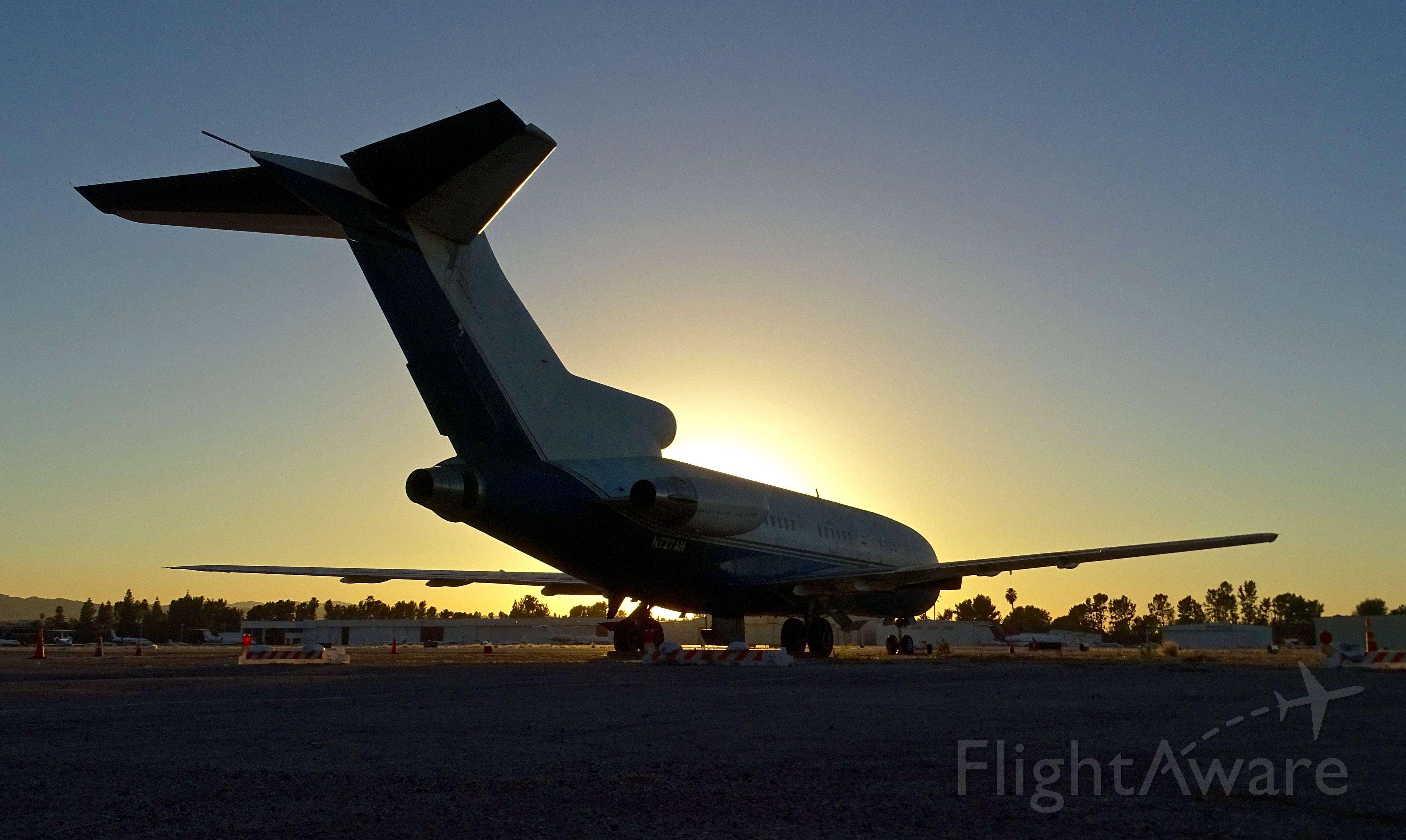 Boeing 727-100 (N727AH) - Spotted at Van Nuys Airport on Nov. 18, 2016