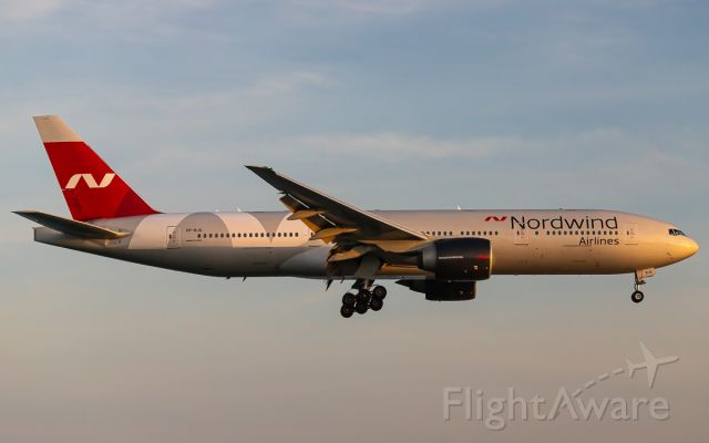Boeing 777-200 (VP-BJG)