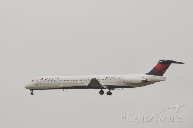McDonnell Douglas MD-80 (N978DL)