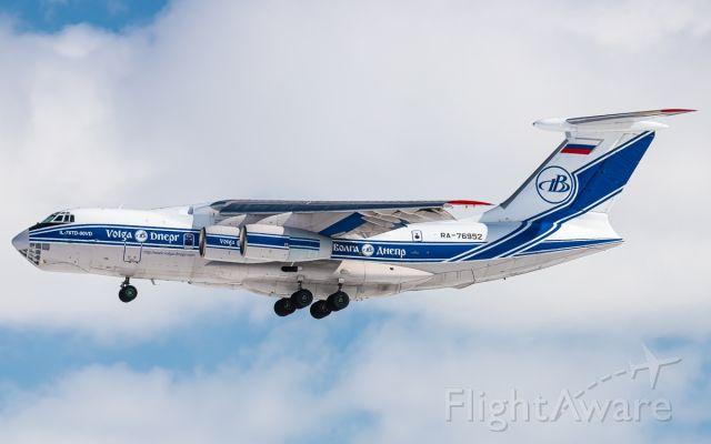 Ilyushin Il-76 (RA-76952)