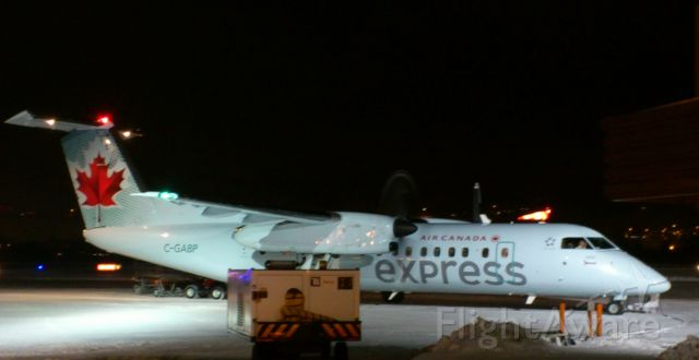 de Havilland Dash 8-400 (C-GABP) - PENTICTON REGIONAL AIRPORT CYYF CANADA - DASH 8-300
