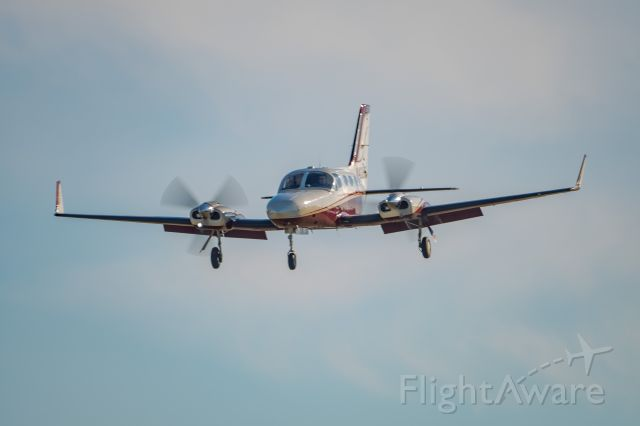 Cessna 421 (N421EE)