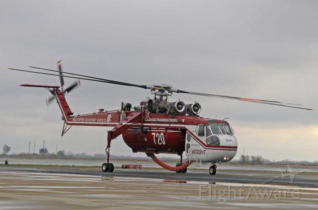 Sikorsky CH-54 Tarhe (N720HT) - Shania going home