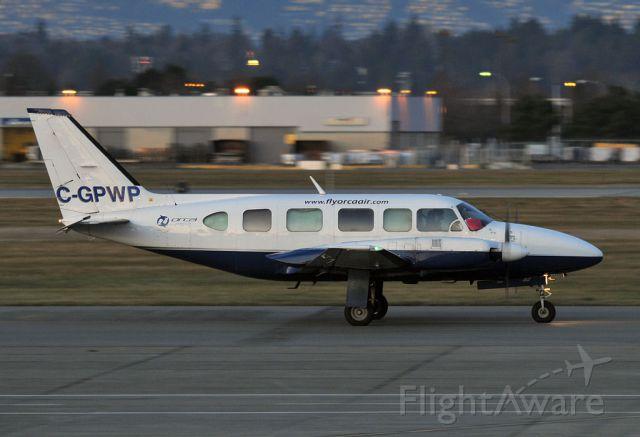 Piper Navajo (C-GPWP)
