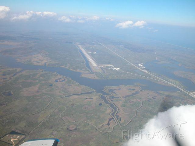 — — - Florida Shuttle Runway