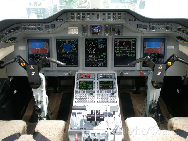 Hawker Beechcraft 4000 (N423HB)