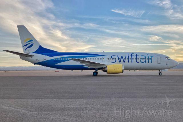 BOEING 737-400 (N808TJ)