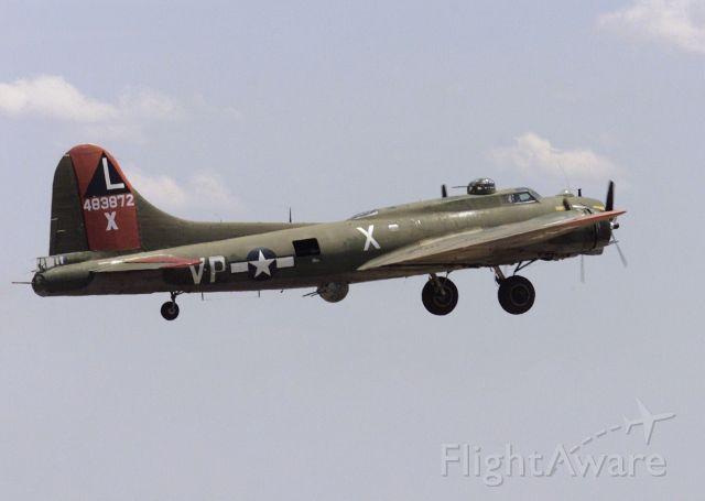 "Boeing B-29 Superfortress (N7227C) - Douglas B-17G-95-DL 44-83872 / PB-1W BuNo 77235 - N7227C ""Texas Raiders"", Commemorative Air Force Gulf Coast Wing"