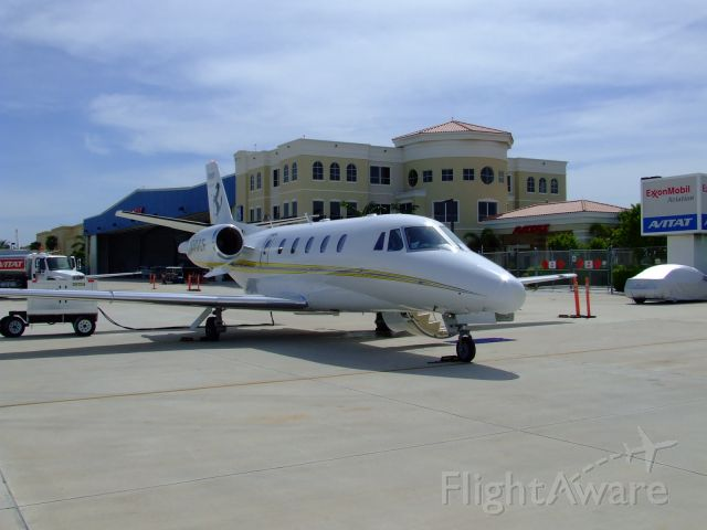 Cessna Citation V (N90CF)