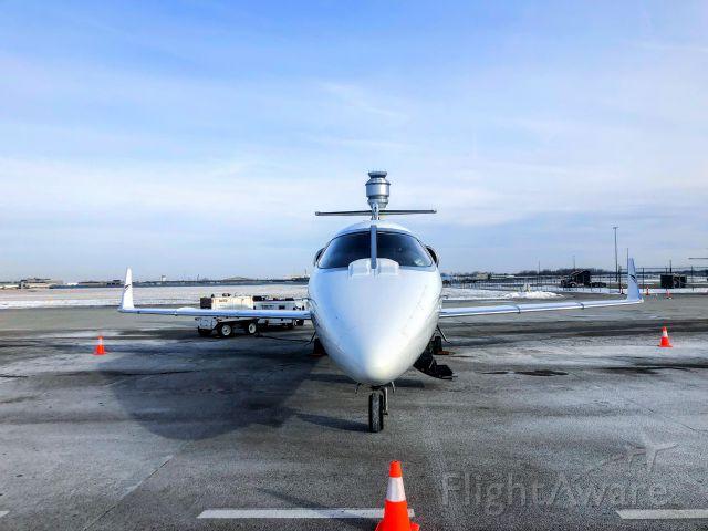 Learjet 55 (N277AL)