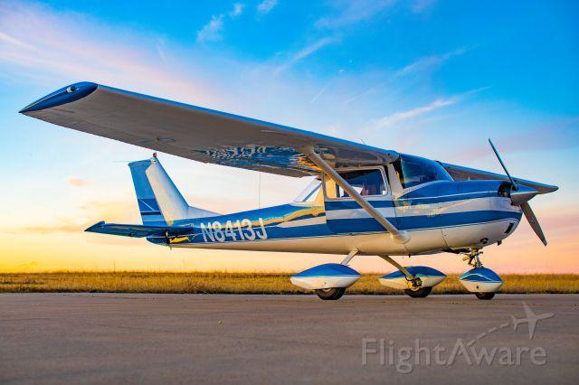 Cessna Commuter (N8413J)
