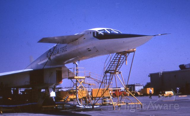 """N20001 — - USAF """"Valkyrie"""" research testbed Mach 3.05 bomber. October 1964, Edwards AFB, California."""