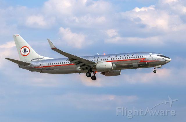 Boeing 737-800 (N951AA) - AA N951AA B738 AstroJet