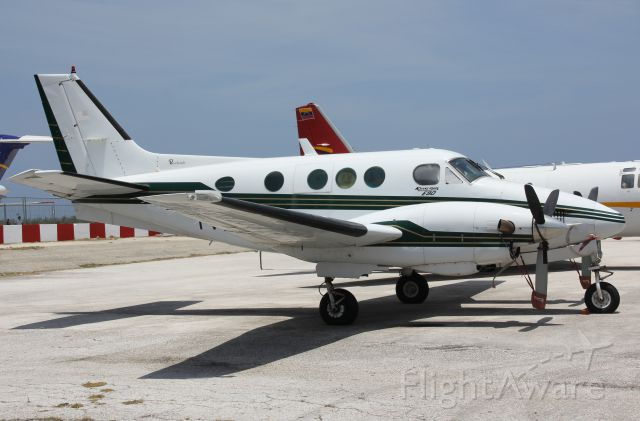 Beechcraft Twin Bonanza (YV-3811)