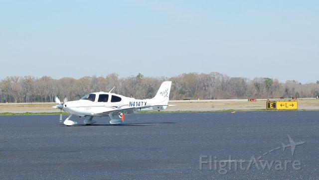 Cessna 206 Stationair (N414TX)
