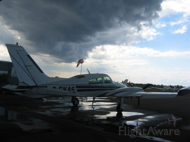 Cessna 310 (C-GKAS) - On the ramp @ the St. Catharines Flying Club