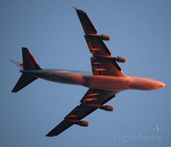 Boeing 747-400 (HL7601)