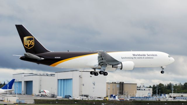 BOEING 767-300 (N336UP) - Returning to Paine Field after a test flight.