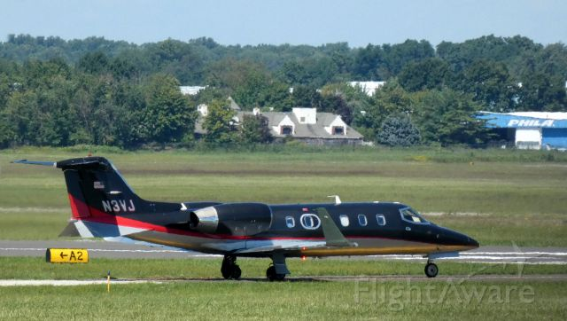 Learjet 31 (N3VJ) - Taxiing to departure is this 1991 Learjet 31A in the Summer of 2021.