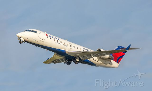 Canadair Regional Jet CRJ-200 (N418SW)