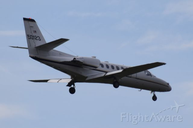 Cessna Citation V (9500123) - Duke 25 inbound from Weisbaden, Germany, on finals runway 25 Belfast International on Monday, 21 March 2016.
