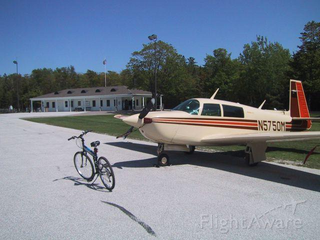 Mooney M-20 Turbo (N5750M)